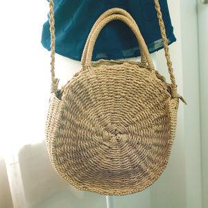 Handbags - Woven Circle Basket Bag EUC